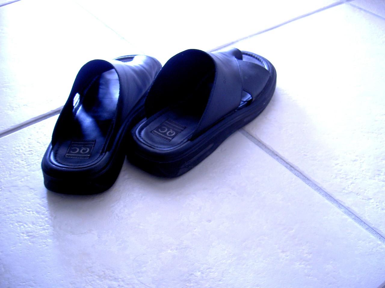 Do wody także mamy specjalne obuwie